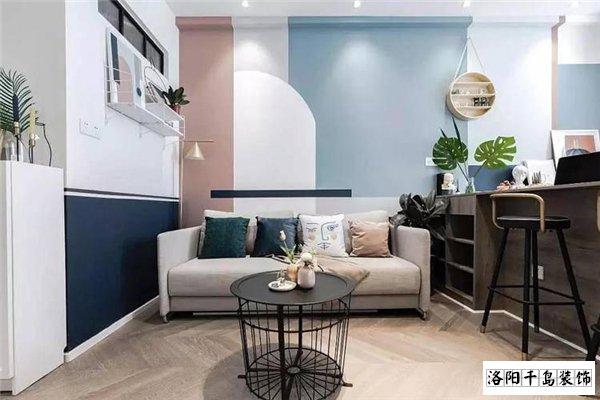 客厅沙发墙合理调色