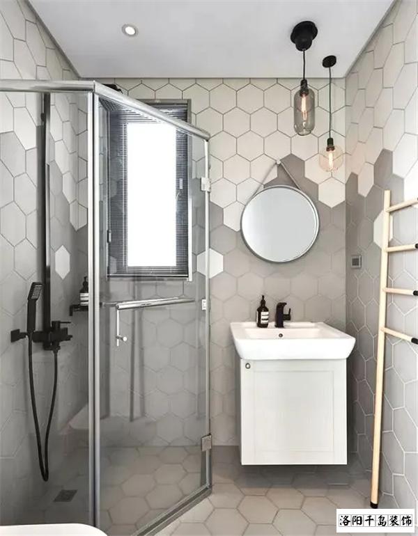 紧凑型小三室卫生间排列五计算器设计