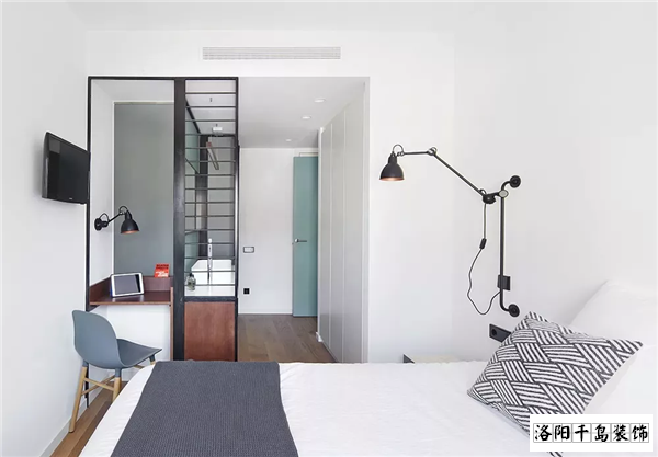紧凑型小三室卧室排列五计算器设计